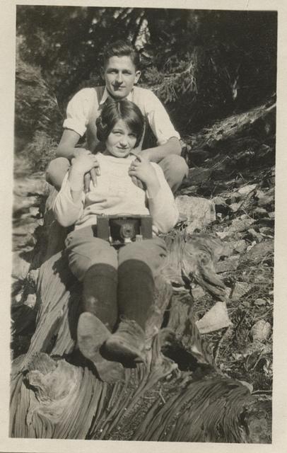girlwithacamera1934