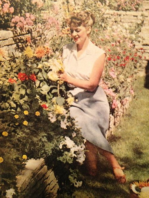 springwomangarden 1950